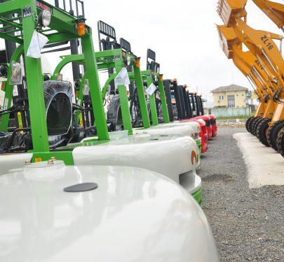 Xe nâng dầu 2 tấn Artison FD20