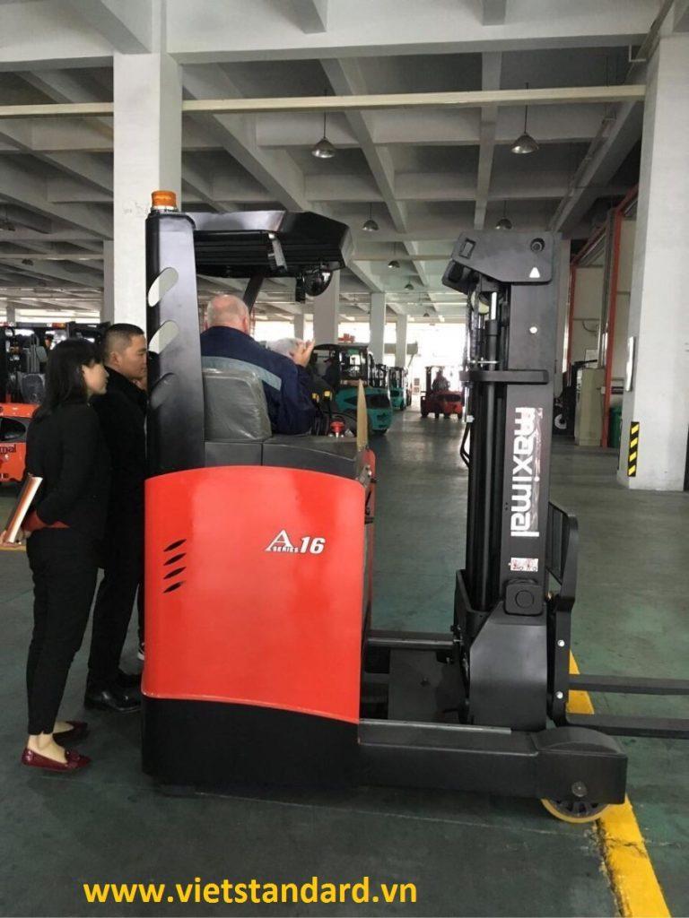 Xe nâng điện đứng lái Reach Truck của Maximal