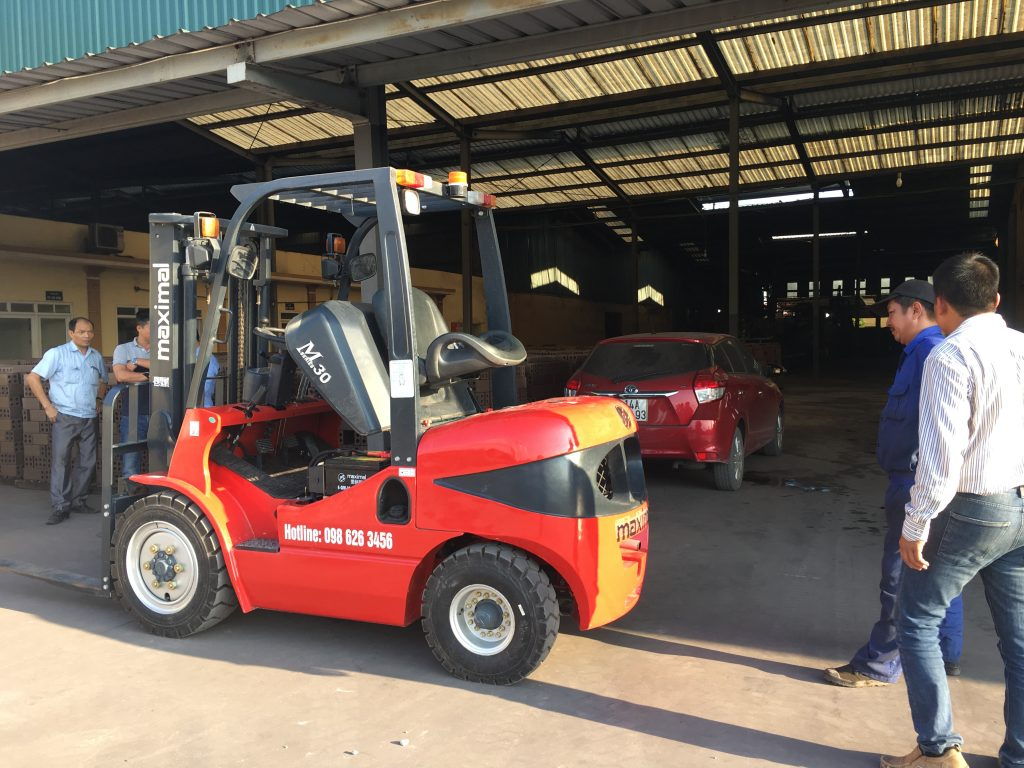 xe nâng dầu 3 tấn Maximal FD30