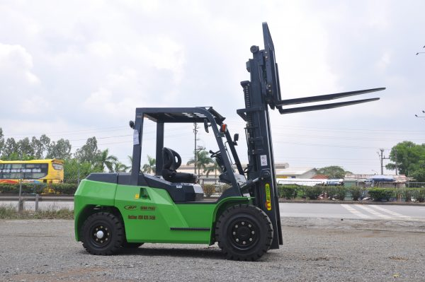 Xe nâng dầu 5 tấn Artison (TAILIFT)