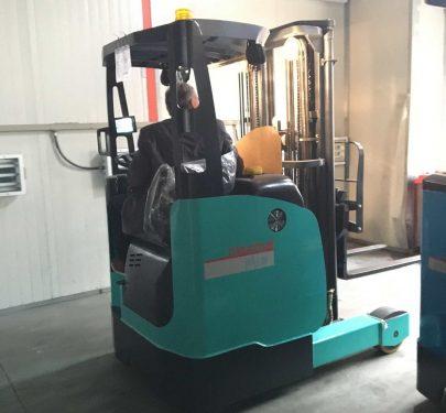 Xe nâng Maximal Reach Truck