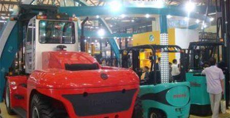 xe nâng diesel