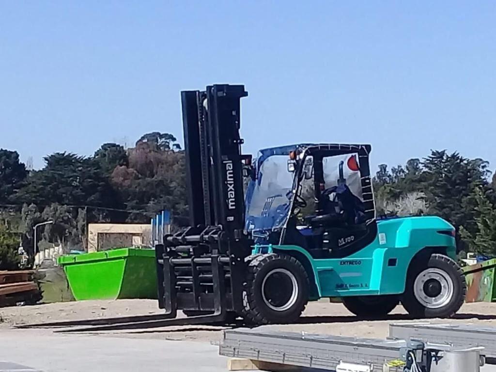 Xe nâng dầu 10 tấn Maximal FD100