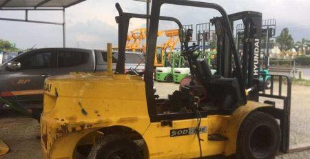 Sửa xe nâng Hyundai tại xưởng Bình Phát