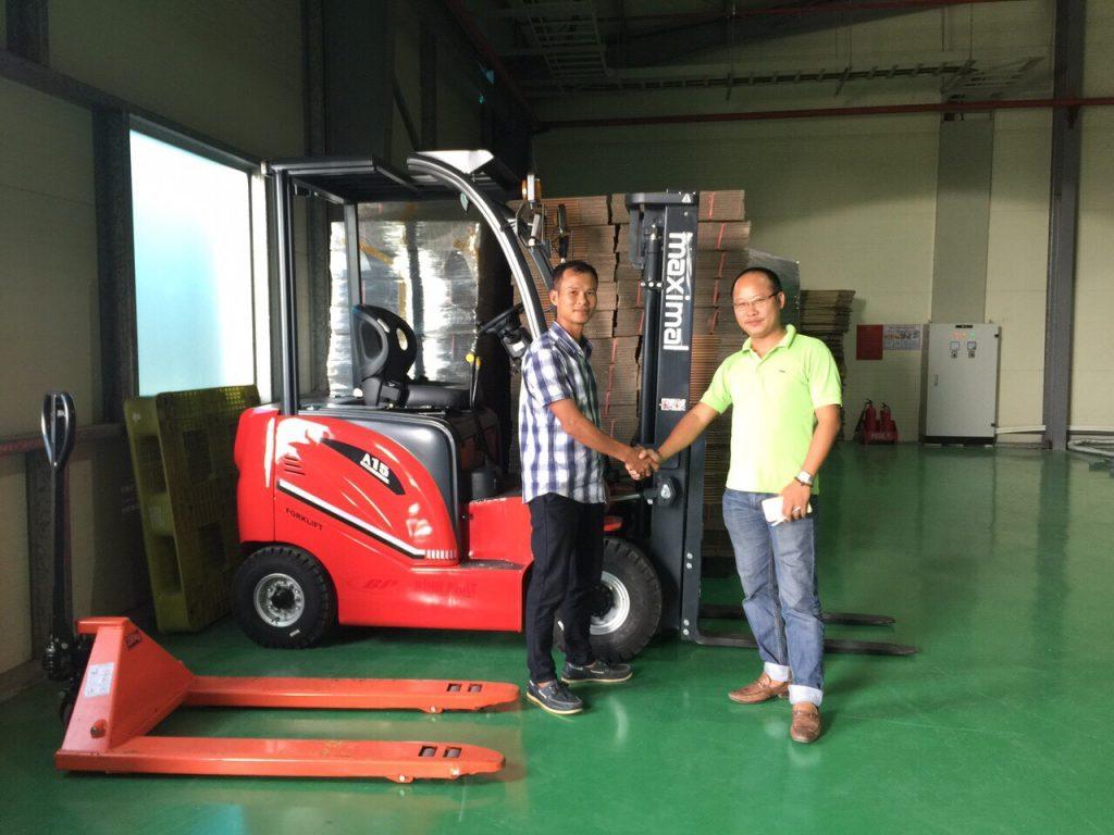 Xe nâng điện 2 tấn Maximal FB20