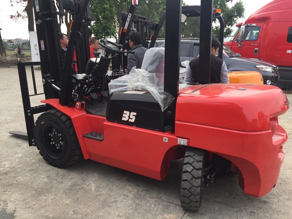 Xe nâng dầu 3,5 tấn Hangcha