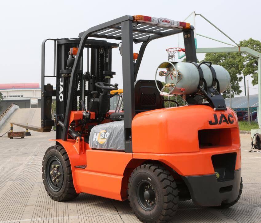 Xe nâng LPG JAC