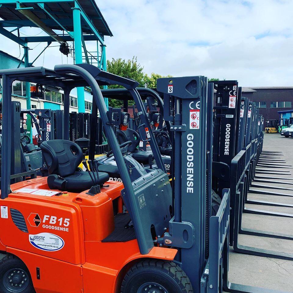Xe nâng điện ngồi lái 1,5 tấn Goodsense FB15