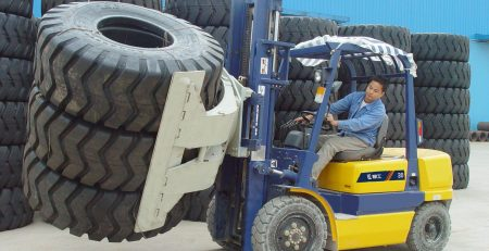xe nâng dầu Liugong 3 tấn
