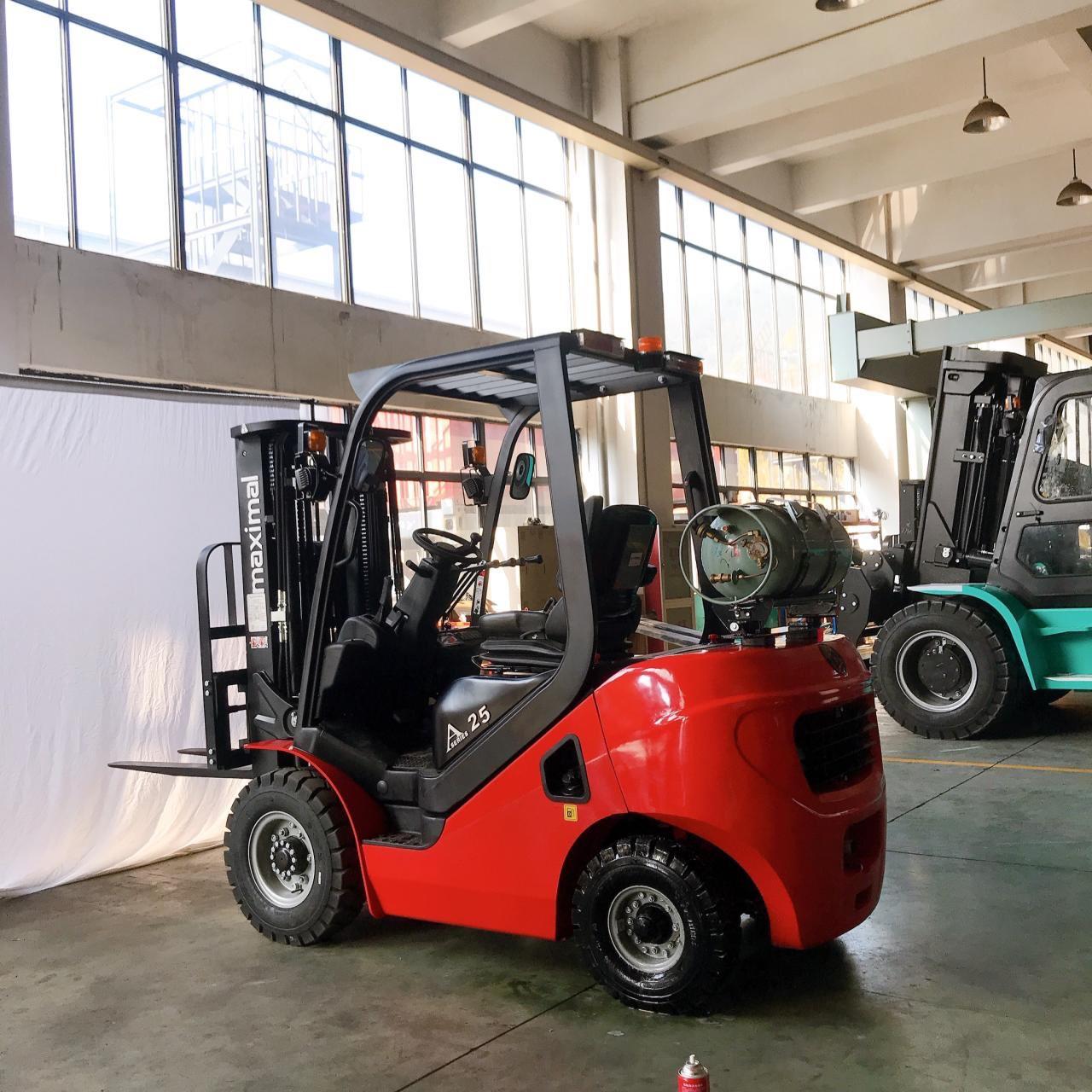Xe nâng Gas/LPG Maximal FG25