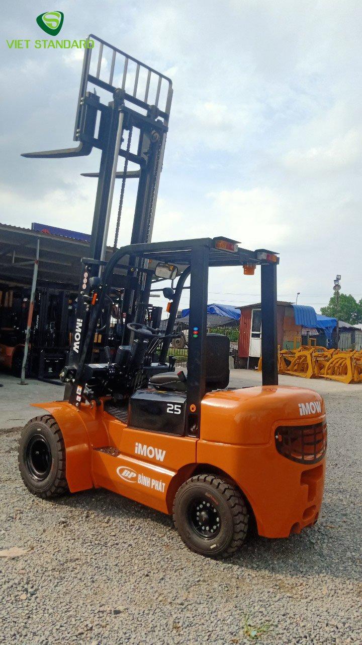 Xe nâng dầu 2,5 tấn CPCD25